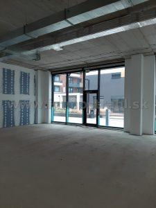 Obchodný priestor 95 m2 na prenájom v polyfunkčnom centre STEINERKA BC na Legionárskej – Krížnej ulici