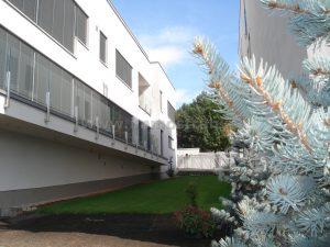 Nadštandardný mezonetový byt 372,63 m2 spolu s terasami, s 2-parkovacími miestami, s pozemkom na predaj v rezidenčnej vile na Tajovského ulici