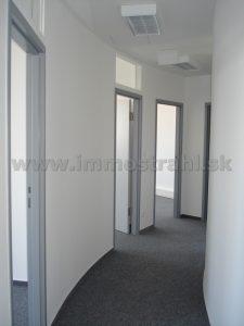 Reprezentatívny kancelársky priestor na prenájom o ploche 146 m2 v budove BBC I na Plynárenskej ulici