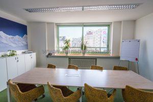 Reprezentatívny kancelársky priestor na prenájom o ploche 91 m2 v objekte na Nám.SNP
