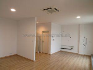 Reprezentatívny kancelársky priestor – ateliér na prenájom o ploche 41,4 m2 + 15 m2 terasa v novostavbe na Gagarinovej ulici