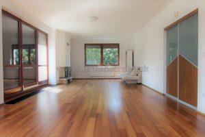 Luxusný 4-izbový byt 140 m2 na prenájom na Ul. V záhradách v Bratislave