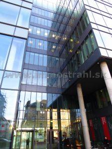 Reprezentatívny kancelársky priestor 245 m2 na prenájom v objekte Park One na Nám.1.mája