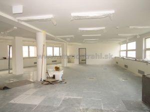 Reprezentatívny kancelársky priestor o výmere 389,40 m2 na prenájom na Plynárenskej ul. v objekte Bratislava Business Center I